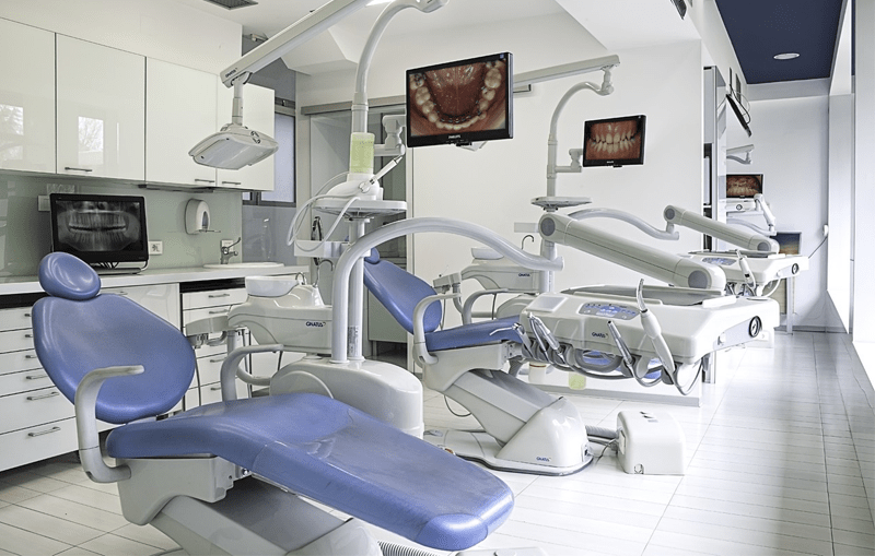 Four Tips For Starting a Dental Clinic